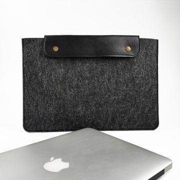 Misingpiece Kişiye Özel Deri Kapaklı Keçe 13 İnç MacBook ve Laptop Kılıfı